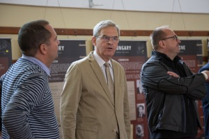 "Travelling exhibition ""Totalitarianism in Europe"" opens at summer university in Tusnád, Romania"