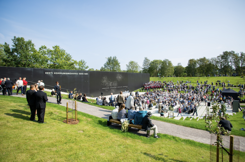 Victims of Communism memorial opened in Tallinn, Estonia