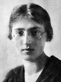 Dr. Volodymyra Krushelnytska, Ukraine (1903-1937)